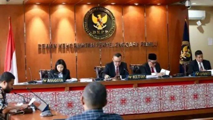 Sidang DKPP terkait Pilkada Alor di Jakarta, Rabu (3/7/2019). (Sumber: website dkpp.go.id).