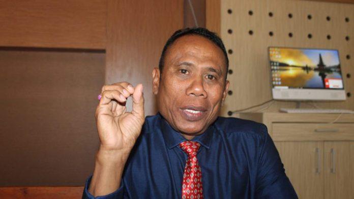 Advokad senior Yusak Tausbele, SH.,M.Hum