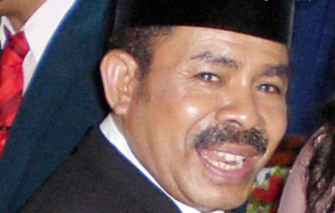 Bupati Alor Periode 2009-2014, Drs. Simeon Th. Pally.