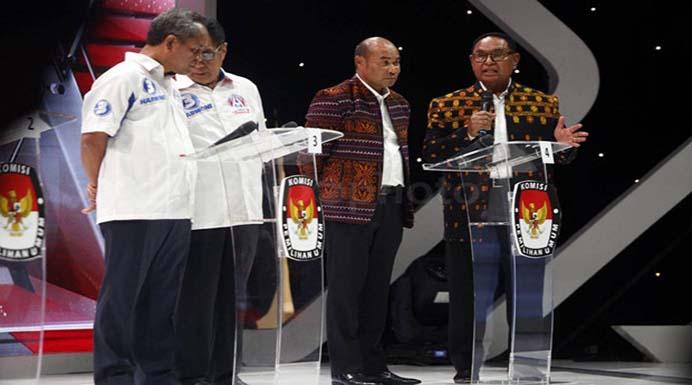 Debat Cagub/Cawagub di Jakarta, Viktory-Jos berkomitmen pinjam dana bangun Jalan di NTT. (Sumber: sindonews.com)