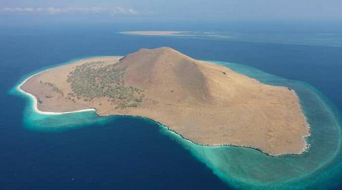 Pulau Batang, salah satu pulau di Kabupaten Alor Provinsi NTT. (Sumber: screnshot video BKSDA NTT).
