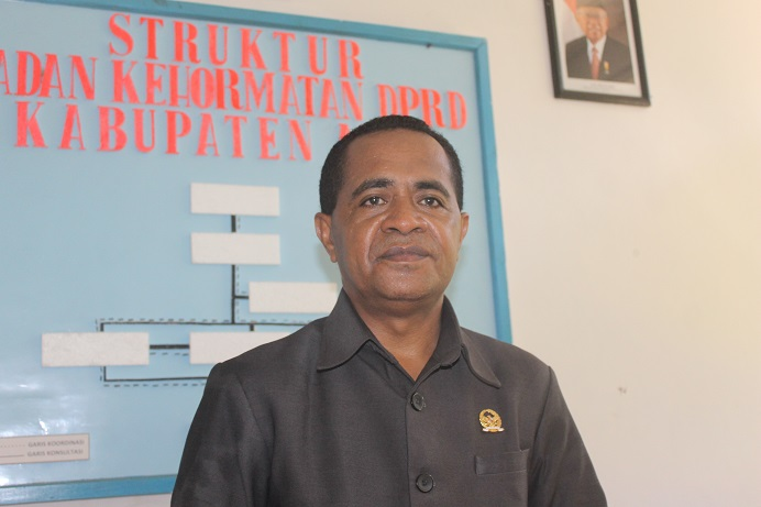 Ketua BK DPRD Alor Sony Magangsau. (Foto: doc tribuanapos.net).