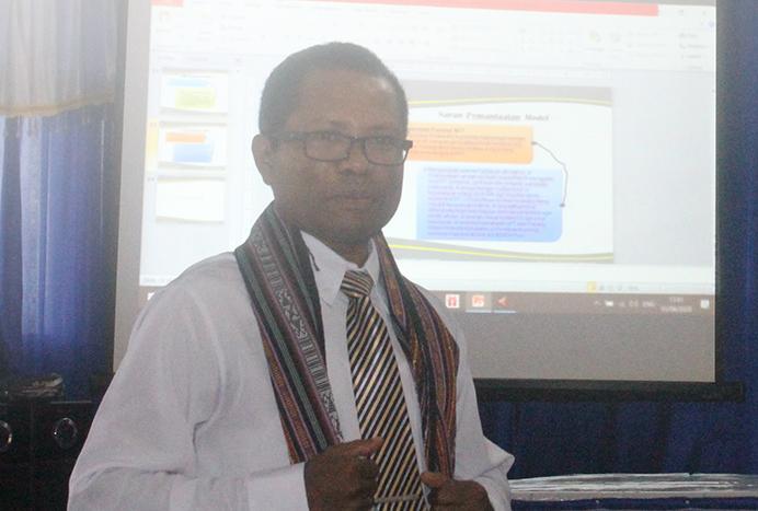 Dr. Fredrik Abia Kande