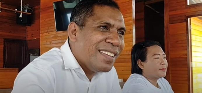 Marianus Kaat, S.Pd.,MM, deklarasi maju Bupati pada Pilkada Alor 2023 mendatang, di Restoran Aikoli Kang Resort, Selasa (16/7) siang.