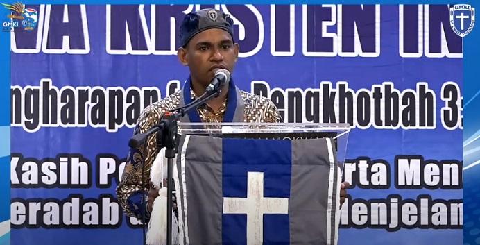 Ketua Umum Pengurus Pusat GMKI Korneles Galanjinjinay sampaikan pidato di acara pembukaan Kongres GMKI XXXVII, Selasa (24/11) di Hotel Aston Niu Kota Injil Monokwari, Papua Barat.