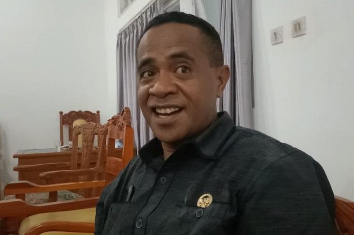 Ketua Badan Kehormatan DPRD Alor, Sony Magangsau