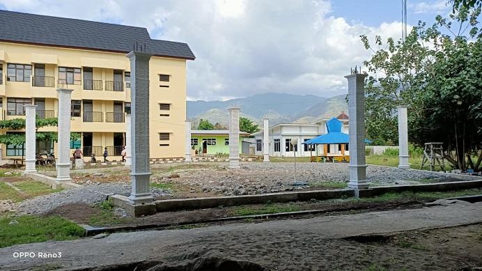 Pembangunan gedung Outdor Untrib.