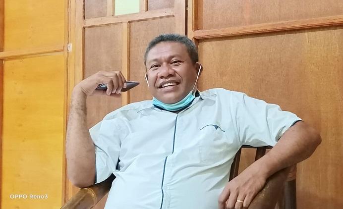 Rektor Untrib Kalabahi Alvons F. Gorang.